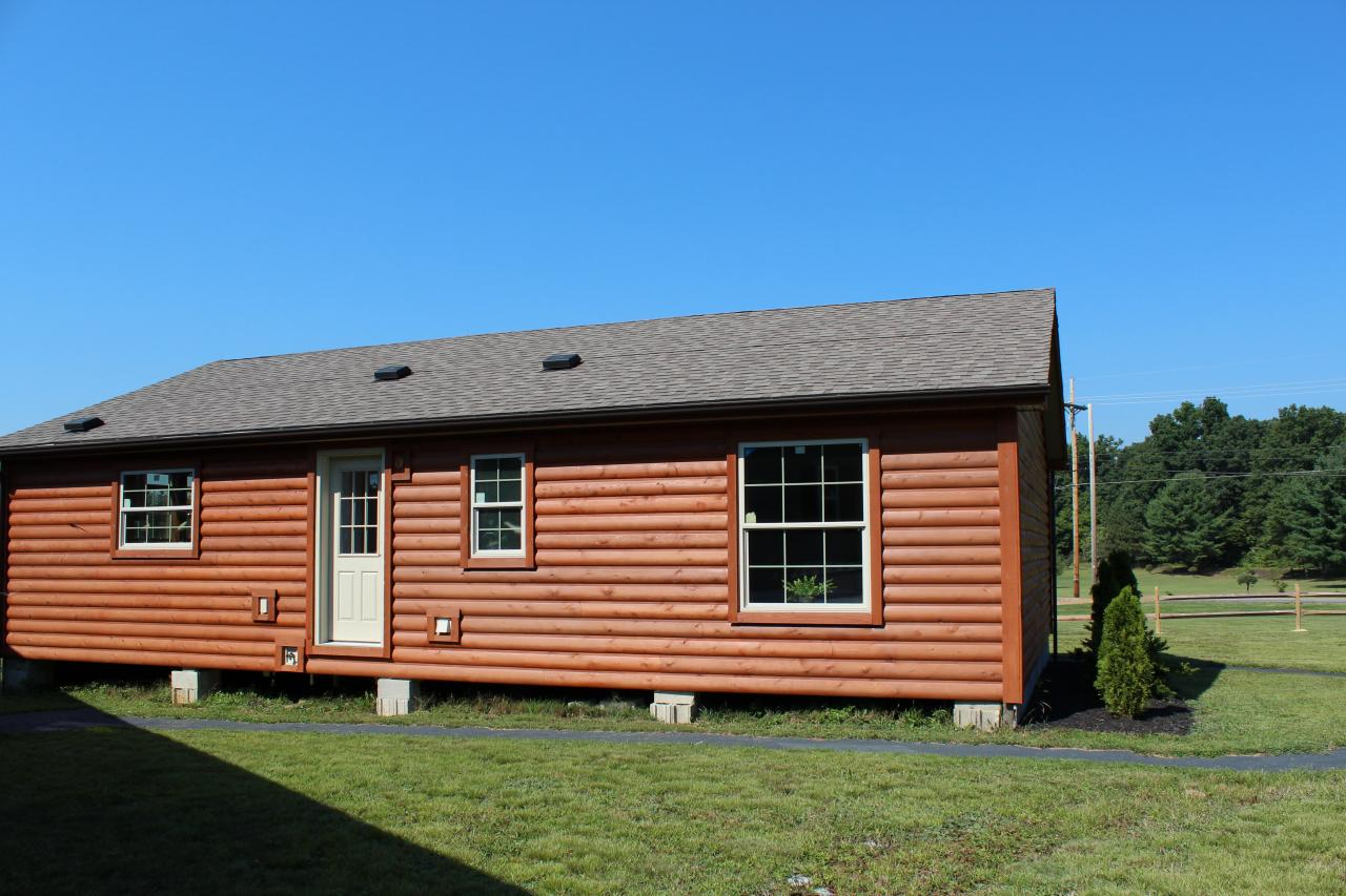 Log Cabin. Full resolution  photo, nominally Width 1280 Height 853 pixels, photo with #0D6DBE.